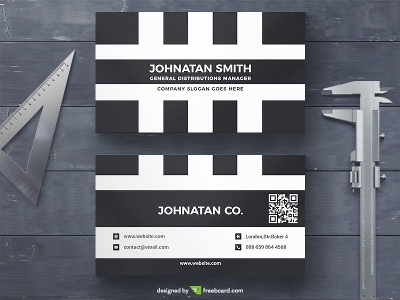 Minimal Black and White Business Card - Freebcard